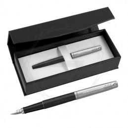 Pióro wieczne Parker Jotter Bond Street CT w czarnym pudełku [2030947/1]Pióro wieczne Parker Jotter Bond Street CT w...