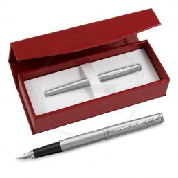 Pióro wieczne Parker Jotter Stalowy CT w czerwonym pudełku [2030946/3]Pióro wieczne Parker Jotter Stalowy CT w...