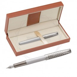 Pióro wieczne Parker Sonnet Perła i Metal CT 18k. w brązowym pudełku [1931547/11]Pióro wieczne Parker Sonnet Perła i Metal CT...