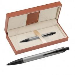 Długopis Parker IM Achromatic Srebrny w brązowym pudełku [2127752/5]Długopis Parker IM Achromatic Srebrny w...