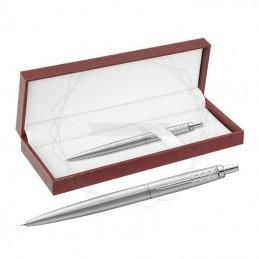 Długopis Parker Jotter XL Monochrome Srebrny w brązowym pudełku [2122756/13]Długopis Parker Jotter XL Monochrome Srebrny w...