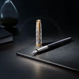 Pióro wieczne Parker Sonnet Metal & Black GT 18k. [2119784]