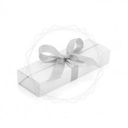 Pudełko prezentowe białe ze srebrną wstążką [19615-00]Pudełko prezentowe białe ze srebrną wstążką...